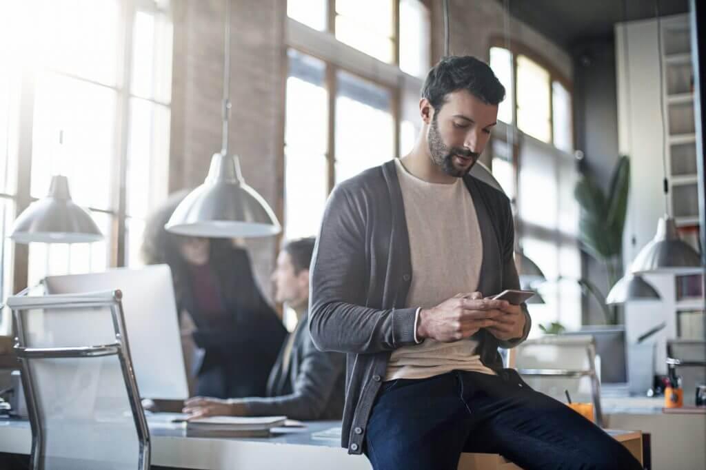Saiba como promover uma comunicação adequada no chat corporativo
